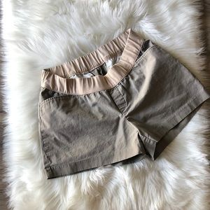 Gap Khaki Maternity Shorts Size 12